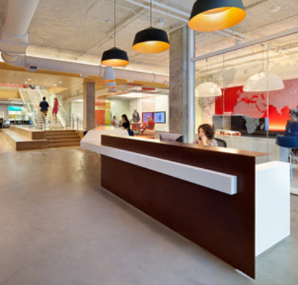 gensler_dc_office_expansion_2020_k_street_photo_interior_1st_floor_reception_13_web_page